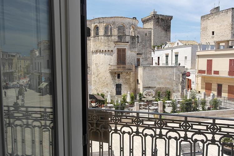 vista piazza xx settembre da camere bed and breakfast palazzo didonna