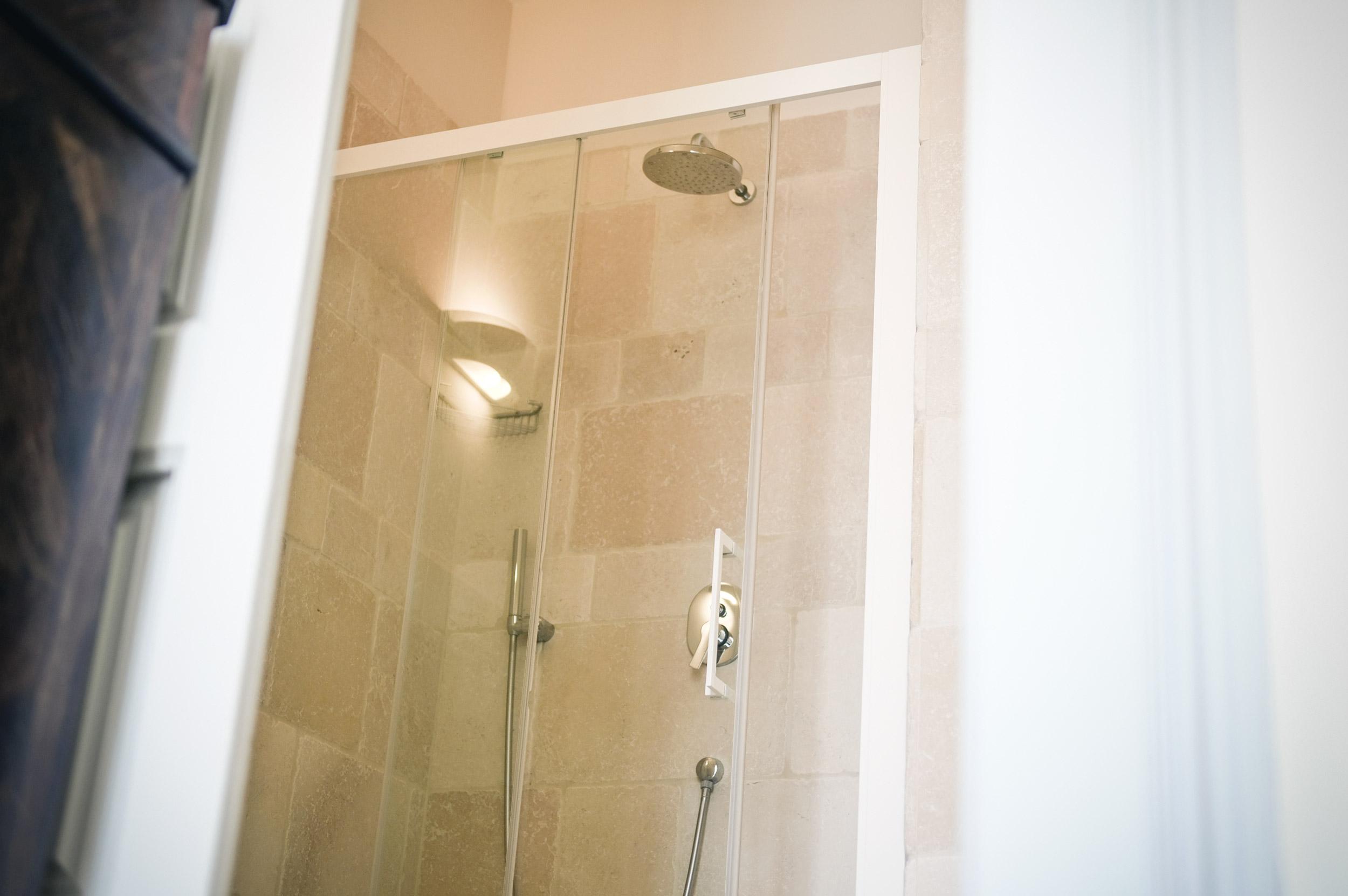 dettaglio-box-doccia-bagno