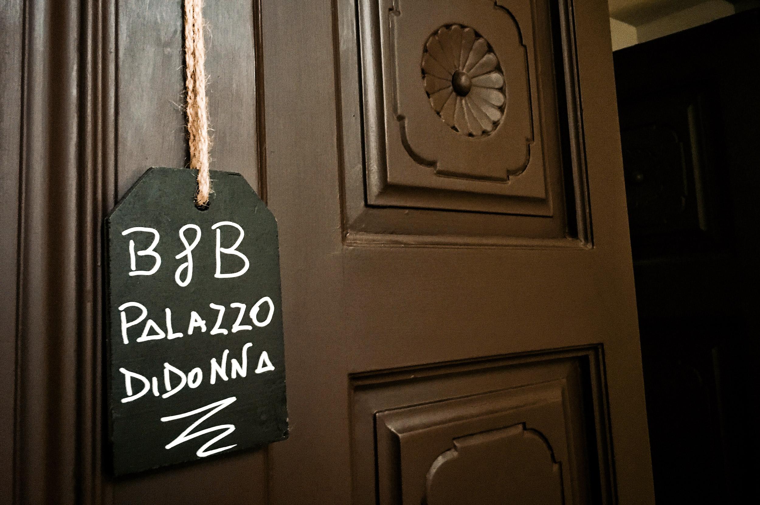 porta-ingresso-camera-palazzo-didonna