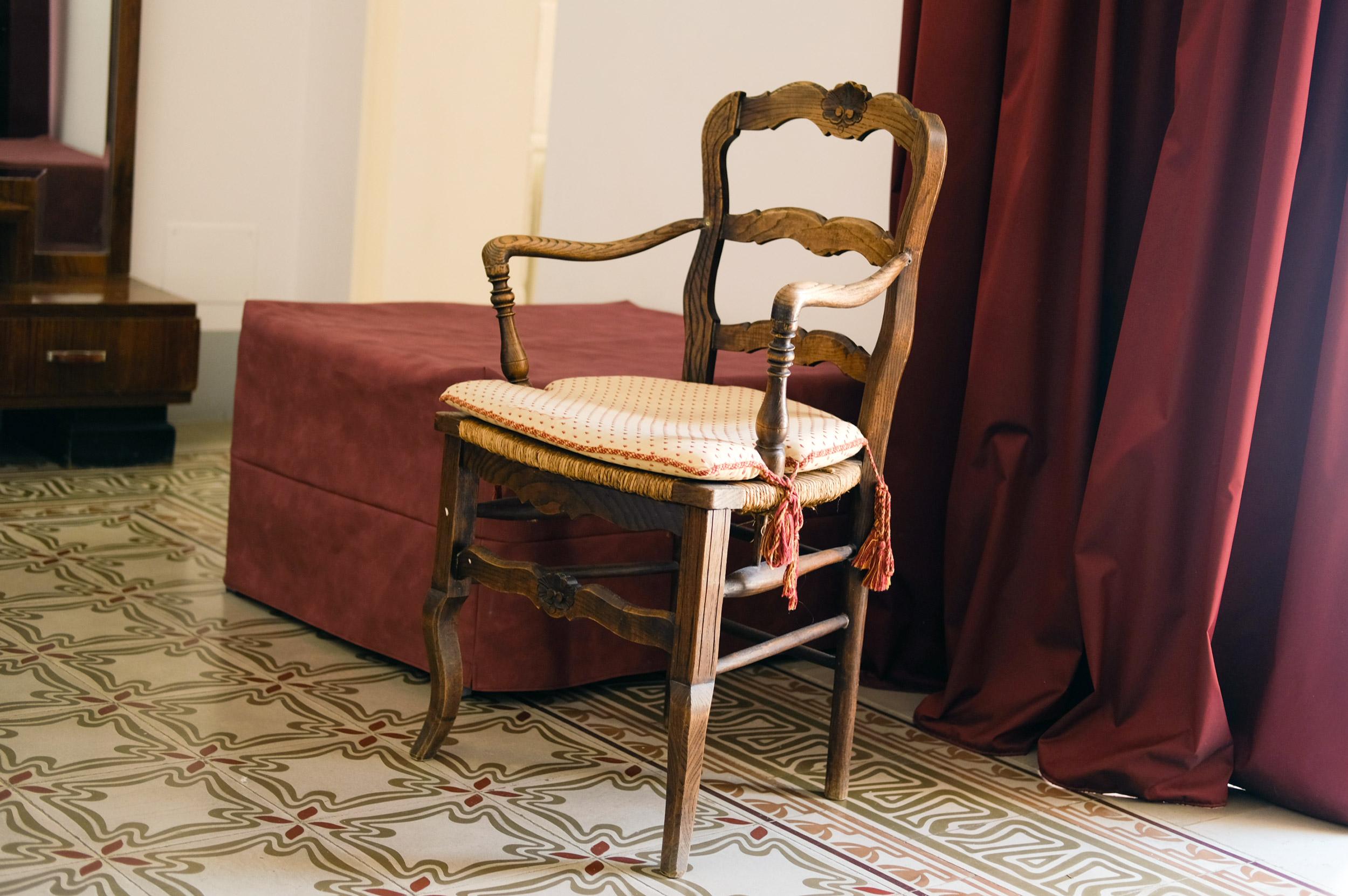 sedia-antica-in-legno