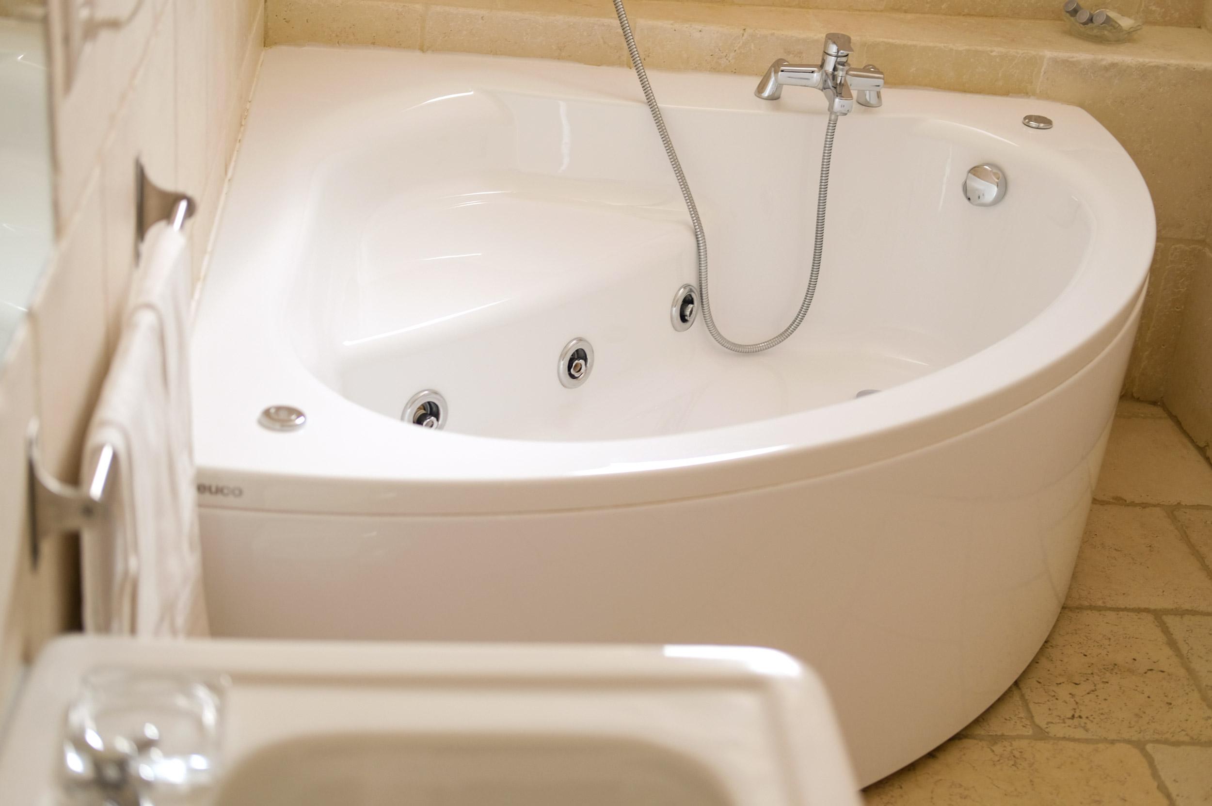 vasca-da-bagno-idromassaggio-suite